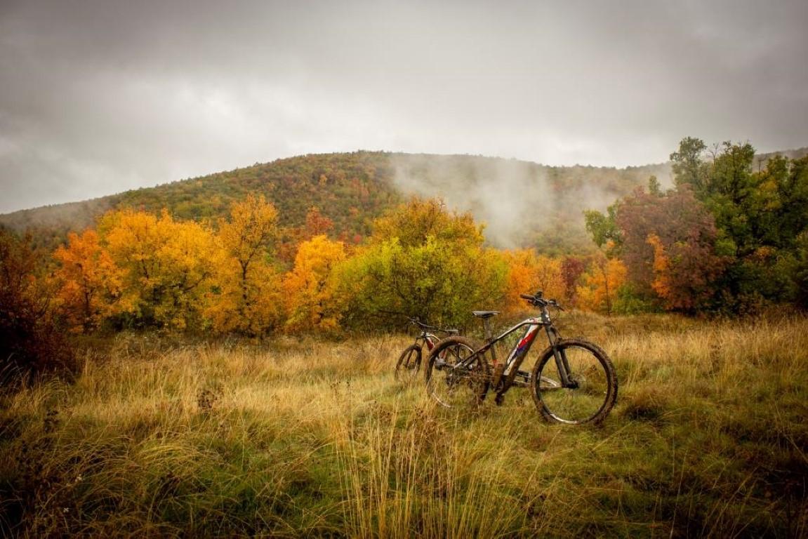 In Mountain bike sino ai ruderi del Borgo di Belvedere